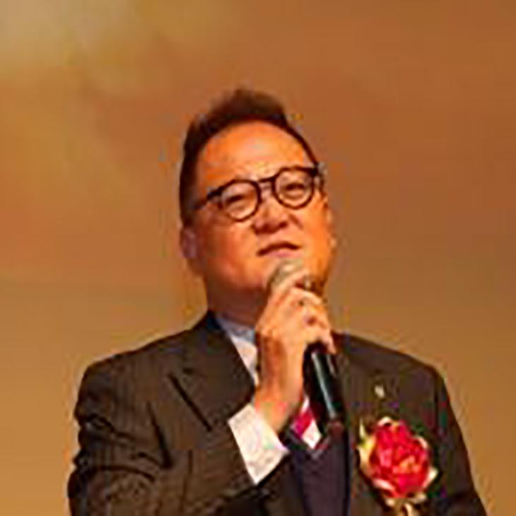 Mr. Leslie Chiong